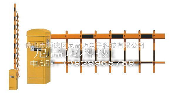 单层栏栅道闸,二杆防钻遥控道闸门,电动栏杆栅栏式挡闸